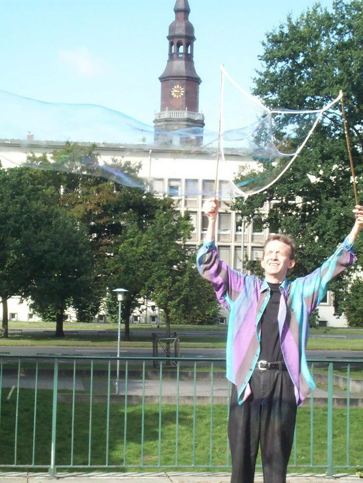 Bild 2: Seifenblasen Hannover Spontan Vorführung