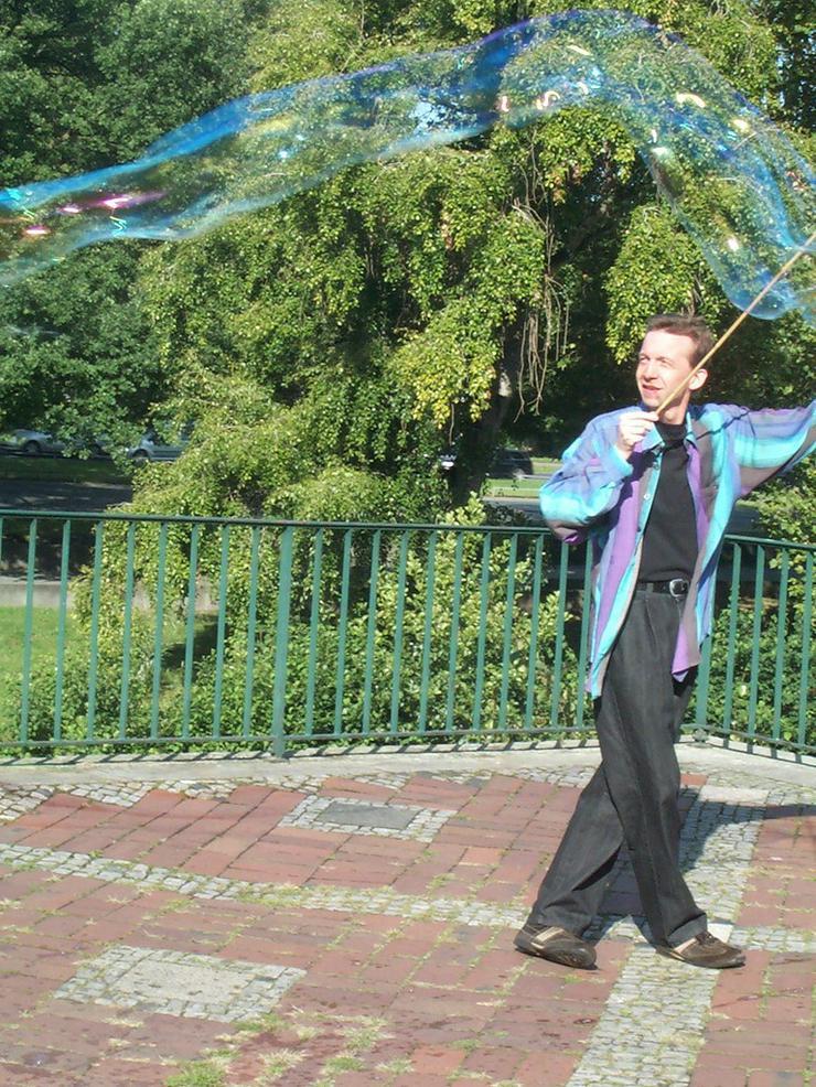 Bild 3: Seifenblasen Hannover Spontan Vorführung
