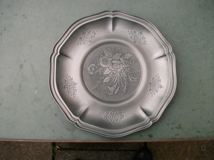 Zinnteller mit dezentem Muster,Durchmesser:31cm