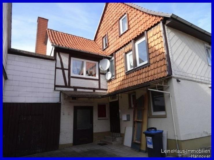Bild 2: Mehrfamilienhaus mit gewerblicher Einheit in guter Lage