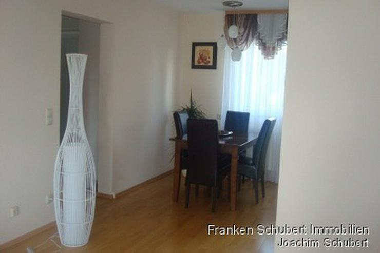 Bild 6: wunderschöne und top-gepflegte 3 Zimmer-Wohnung mit 2 Balkonen und EBK. Katze erlaubt.