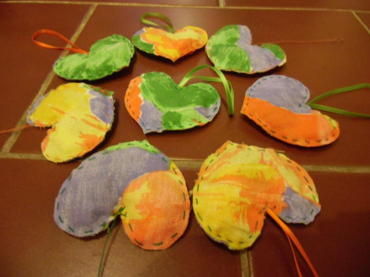 Lavendelherzen, Erlös an Kinderhilfswerk PLAN