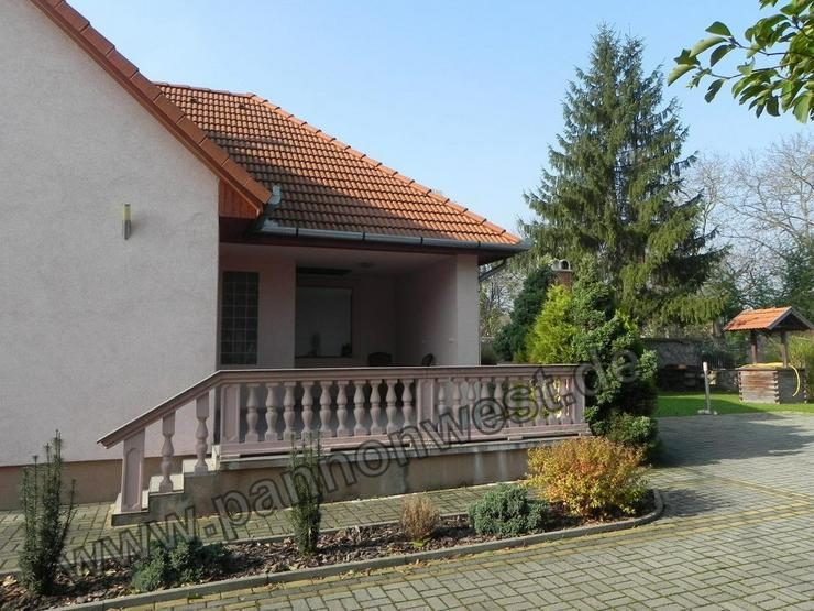 Bild 3: Ein elegantes und modernes Einfamilienhaus in Marcali zum ebenerdigen Wohnen