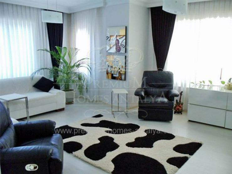 Moderne Maisonette-Penthouse Wohnung mit viel Platzangebot und wunderschöner Dachterrasse - Wohnung kaufen - Bild 1