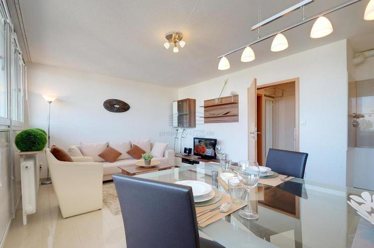 Sehr schönes möbliertes 1-Zimmer Appartement mit Balkon, Garage, Waschmaschiene und Inte... - Wohnen auf Zeit - Bild 1