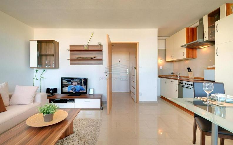 Bild 5: Sehr schönes möbliertes 1-Zimmer Appartement mit Balkon, Garage, Waschmaschiene und Inte...