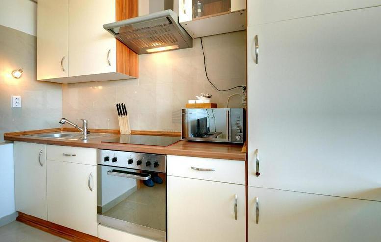 Bild 4: Sehr schönes möbliertes 1-Zimmer Appartement mit Balkon, Garage, Waschmaschiene und Inte...