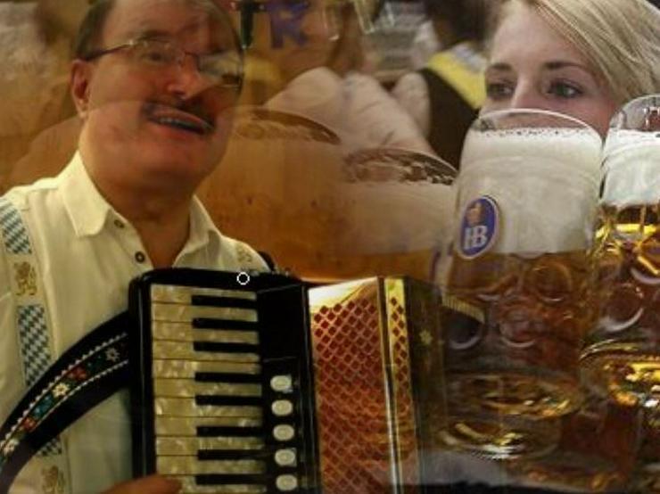 Bild 5: Akkordeonspieler, Alleinunterhalter