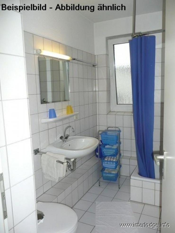 Bild 3: INTERLODGE Möbliertes Apartment in E-Altenessen. Dusche, Pantry.