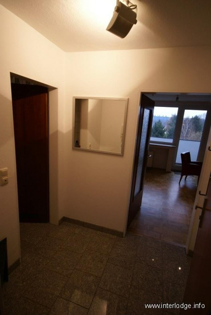 Bild 3: INTERLODGE Modern möblierte Wohnung im Dachgeschoß mit großem Balkon in Bochum-Wattensc...