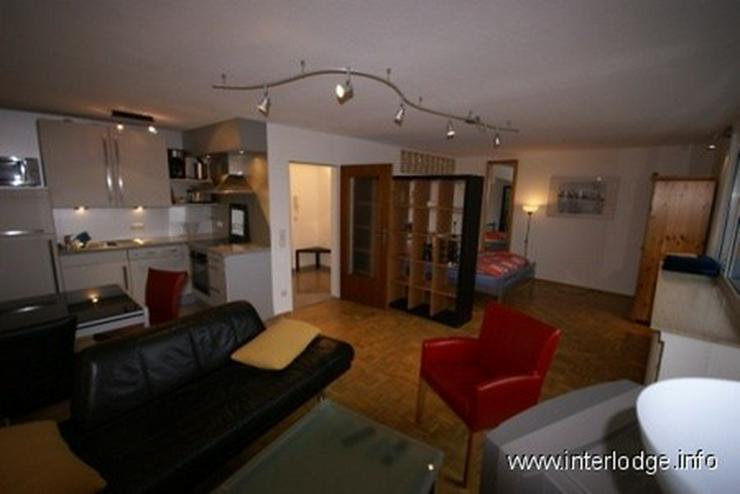 Bild 2: INTERLODGE Modern möblierte Wohnung im Dachgeschoß mit großem Balkon in Bochum-Wattensc...