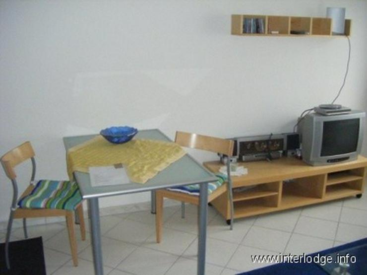 Bild 2: INTERLODGE Neu und modern möblierte Wohnung mit großem Wohnraum und 2 Schlafzimmer in Ra...