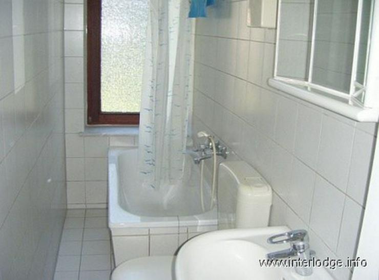 Bild 3: INTERLODGE Zweckmäßig eingerichtetes Gästezimmer in Essen-Altendorf