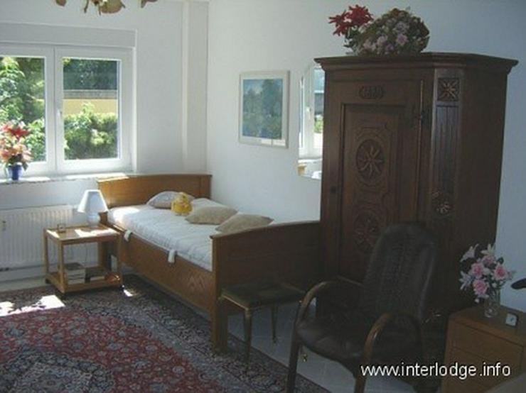 Bild 2: INTERLODGE Ideal für Monteure: Zweckmäßig eingerichtete Gästewohnung mit Balkon in Ess...