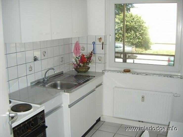Bild 6: INTERLODGE Ideal für Monteure: Zweckmäßig eingerichtete Gästewohnung mit Balkon in Ess...