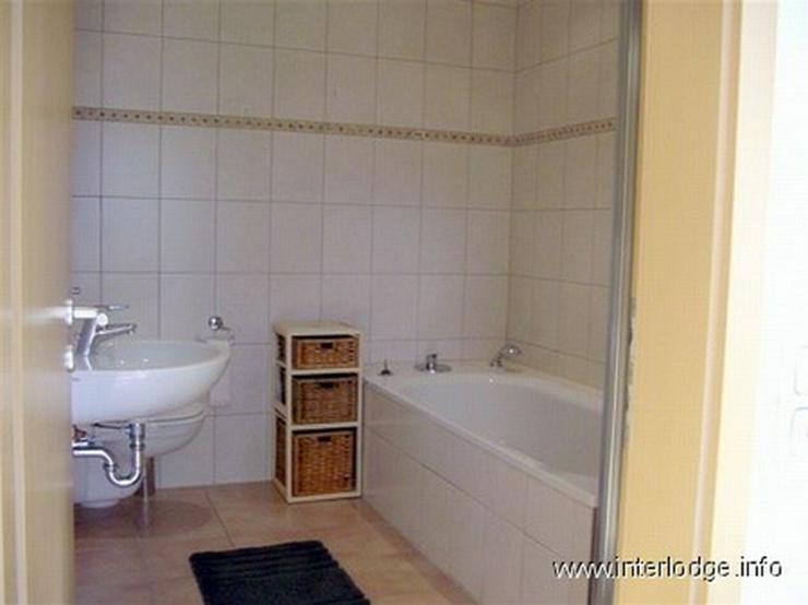Bild 6: INTERLODGE Modern möblierte Wohnung in Bochum-Laer mit Terrassennutzung und Gartenmitbenu...