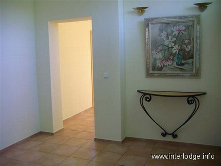 Bild 3: INTERLODGE Modern möblierte Wohnung in Bochum-Laer mit Terrassennutzung und Gartenmitbenu...
