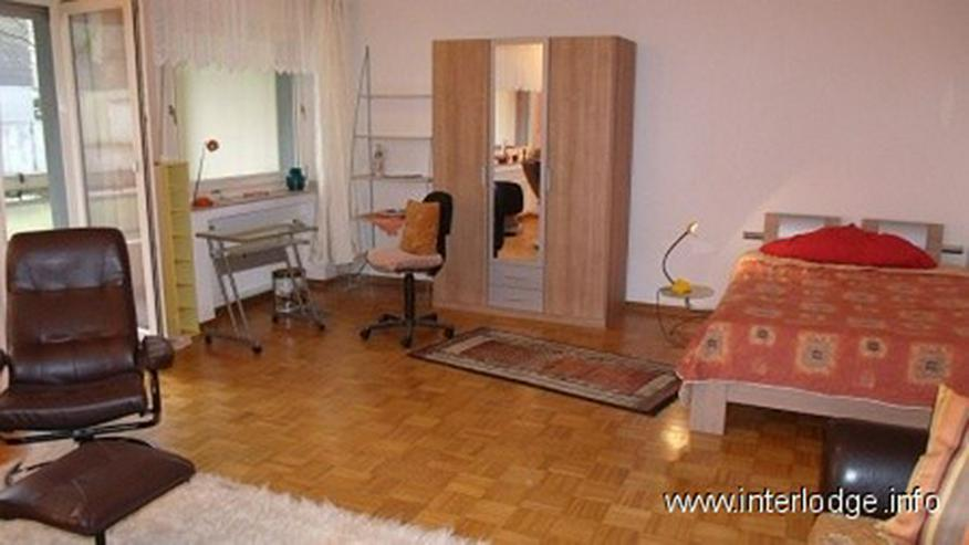 Bild 3: INTERLODGE Komplett möbliertes, geräumiges Apartment mit Keller und PKW-Stellplatz in Es...
