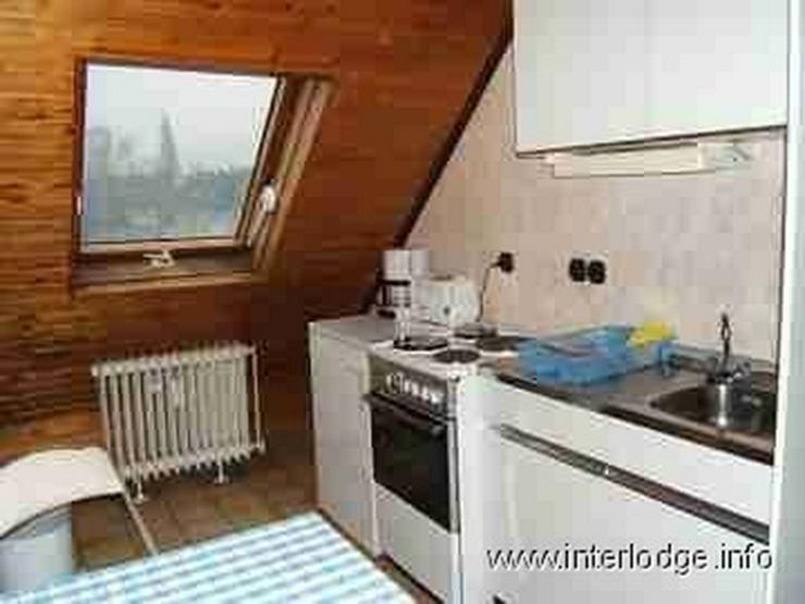 INTERLODGE Einfach möbliertes Dachgeschossapartment in Essen-Altendorf - Wohnen auf Zeit - Bild 1