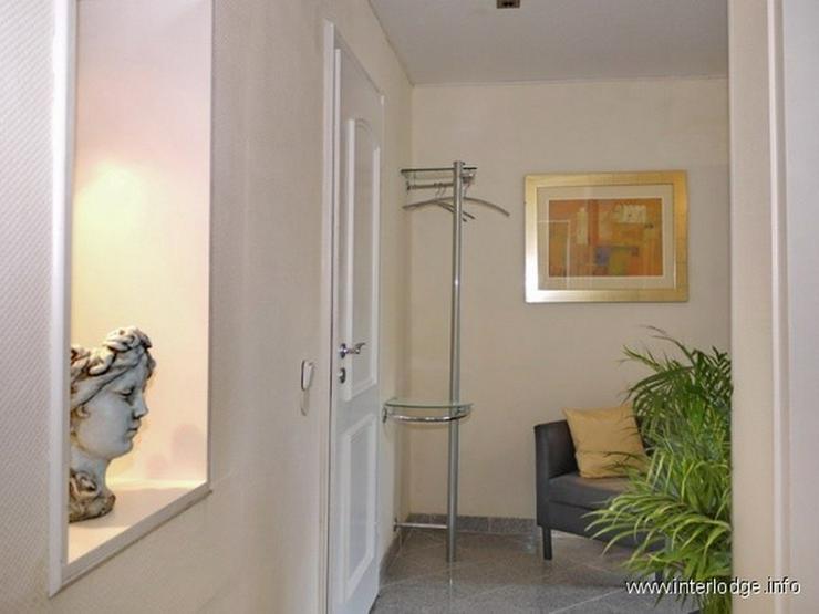 Bild 4: INTERLODGE Modern möblierte Wohnung, gute Ausstattung, mit Terrasse und Garten in Essen-H...