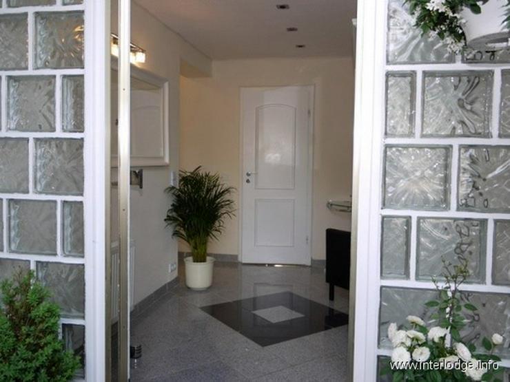 Bild 2: INTERLODGE Modern möblierte Wohnung, gute Ausstattung, mit Terrasse und Garten in Essen-H...
