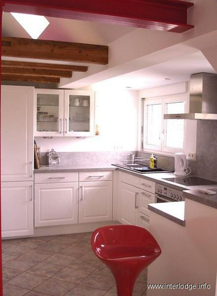 Bild 2: INTERLODGE Freundlich möblierte Komfortwohnung mit offener Küche Messenah in Düsseldorf...