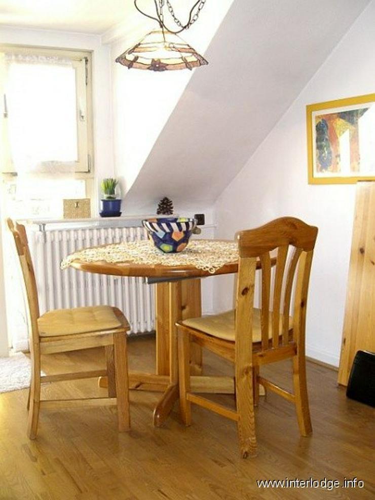 INTERLODGE Möblierte Dachgeschosswohnung mit Wohnküche und Balkon, ruhige Lage, in Düss... - Wohnen auf Zeit - Bild 1