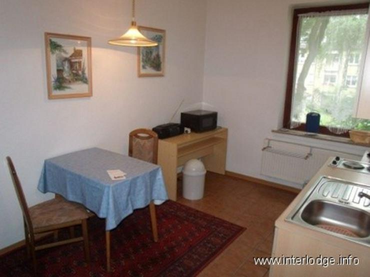 Bild 6: INTERLODGE Modern möbliertes Apartment mit separater Küche und Gartennutzung in Essen-Al...