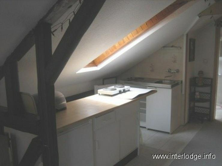 Bild 5: INTERLODGE Möbliertes Dachgeschossapartment mit Klimaanlage, in ruhiger Lage in Bochum-Da...