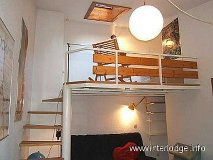 Bild 3: INTERLODGE Modern möbliertes Zimmer mit extra Schlafebene in Bochum-Langendreer
