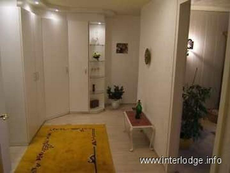 Bild 4: INTERLODGE Zeitlos möbliertes Apartment für Wochenendheimfahrer in grüner Lage in Bochu...