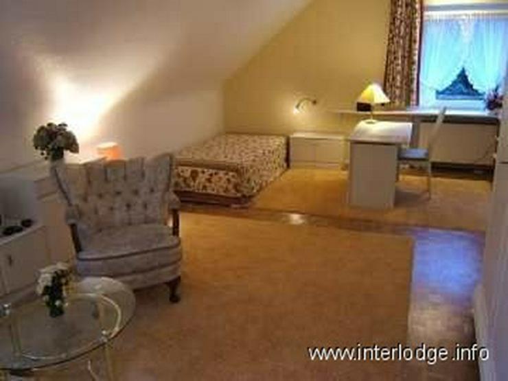 Bild 2: INTERLODGE Zeitlos möbliertes Apartment für Wochenendheimfahrer in grüner Lage in Bochu...