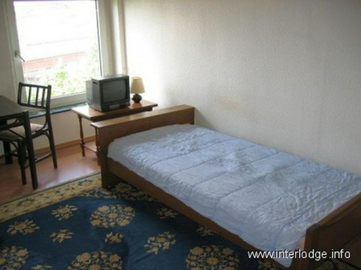 Bild 2: INTERLODGE Freundlich eingerichtetes Gästezimmer für 2 Personen in Düsseldorf-Oberbilk
