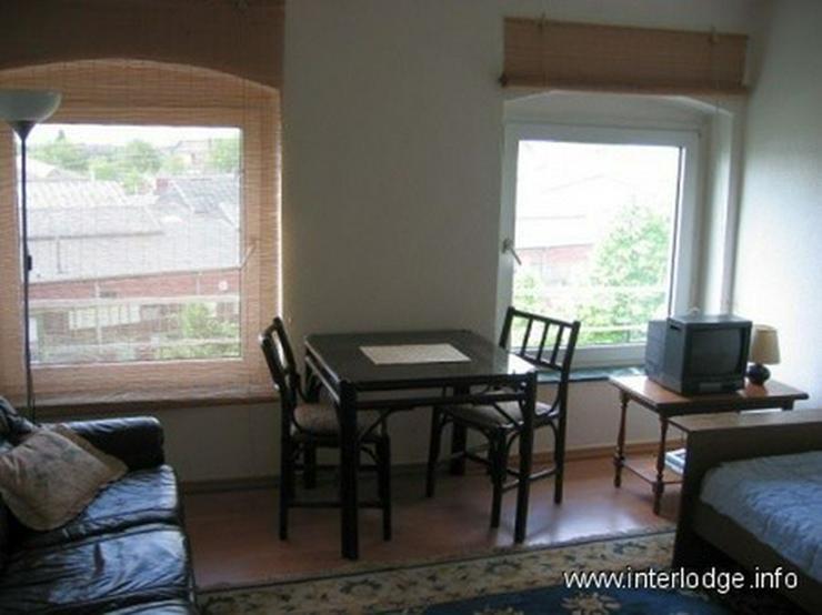 Bild 3: INTERLODGE Freundlich eingerichtetes Gästezimmer für 2 Personen in Düsseldorf-Oberbilk
