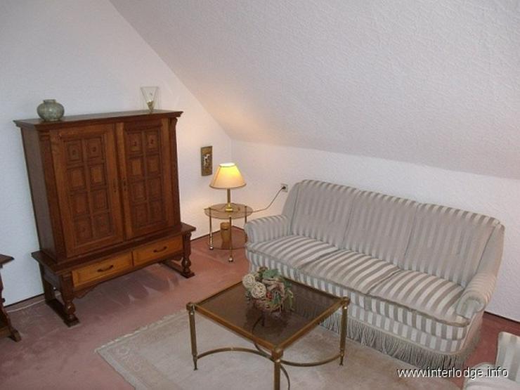 Bild 2: INTERLODGE Möblierte Etagenwohnung im freistehenden Haus in ruhiger, grüner Lage in Esse...