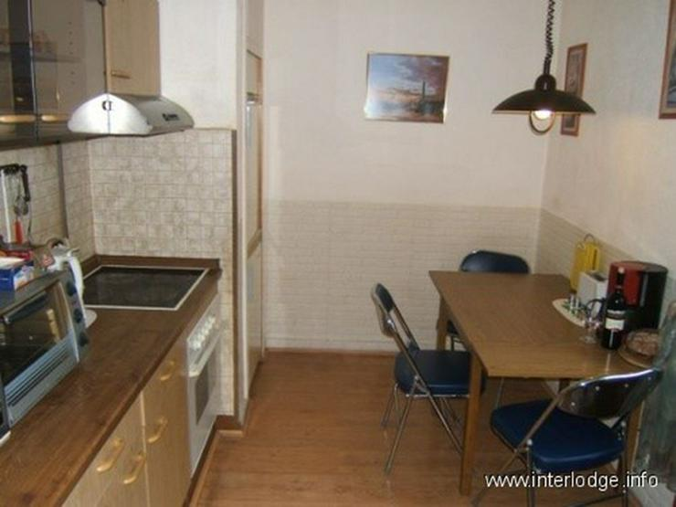Bild 6: INTERLODGE Möblierte 5 Zimmerwohnung mit Balkon, für bis zu 7 Personen in Essen-Rellingh...