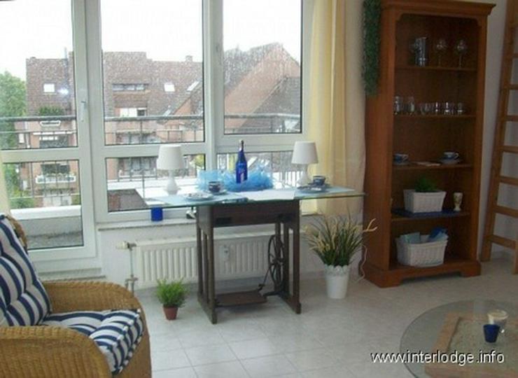 Bild 3: INTERLODGE Stilsicher möblierte Wohnung in Rheinnähe, mit Balkon und Aufzug in Neuss-Gri...
