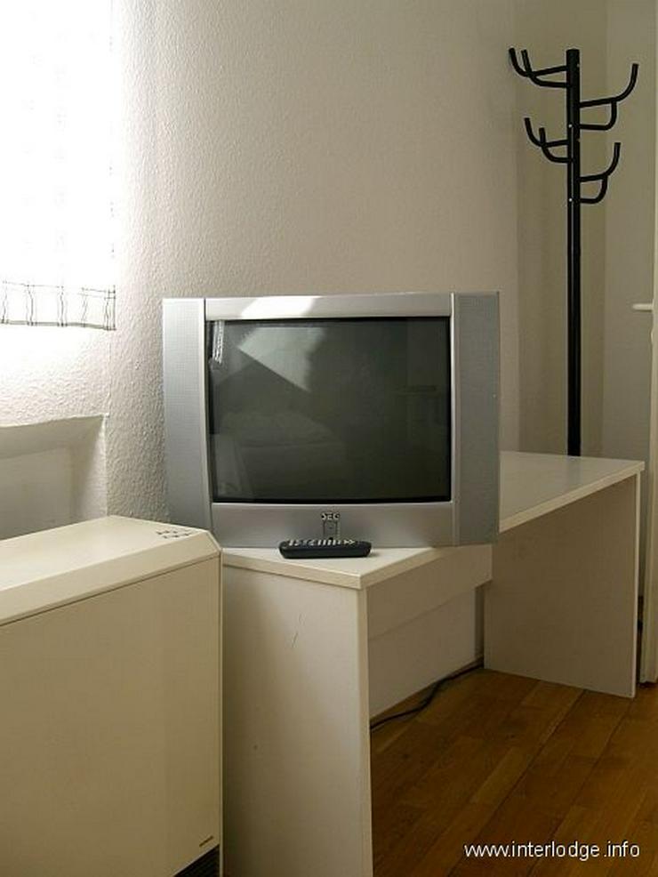 INTERLODGE Einfach möbliertes Apartment zentral gelegen in Düsseldorf-Friedrichstadt / B... - Wohnen auf Zeit - Bild 1