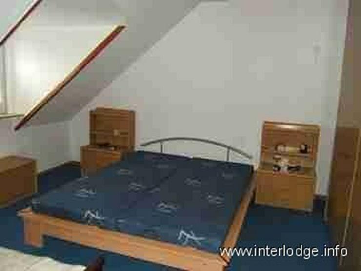 Bild 5: INTERLODGE Möblierte Dachgeschosswohnung mit moderner, gemütlicher Ausstattung in Essen-...