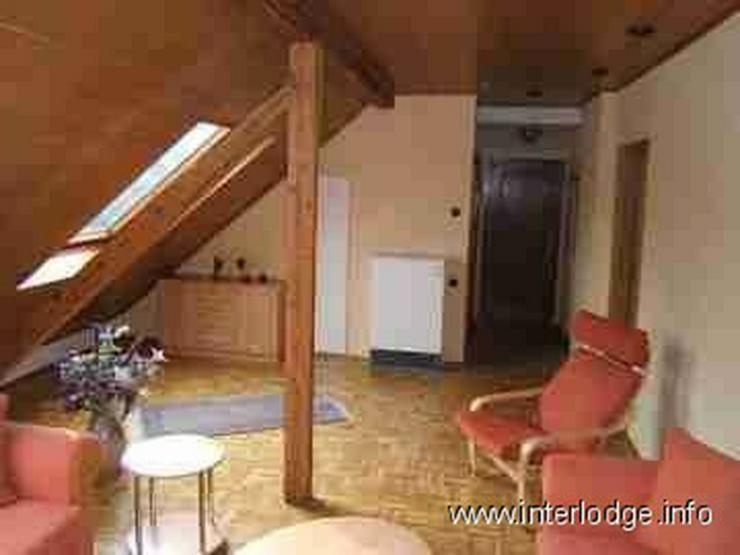 Bild 2: INTERLODGE Möblierte Dachgeschosswohnung mit moderner, gemütlicher Ausstattung in Essen-...