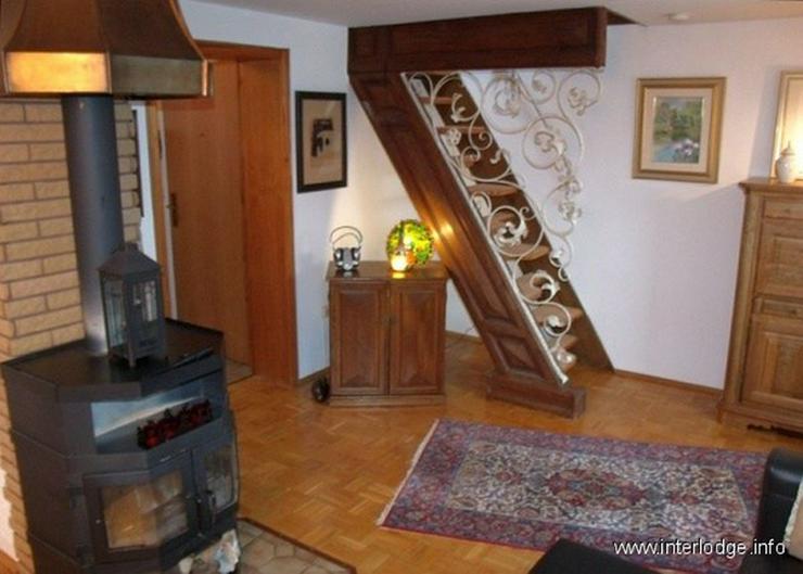 Bild 3: INTERLODGE Stilvoll möblierte Maisonettewohnung, mit PKW- Stellplatz, in Top- Lage in Ess...