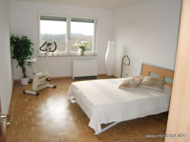 Bild 6: INTERLODGE Hochwertig möblierte Etagenwohnung mit Balkon und Personenaufzug in Essen-Stee...