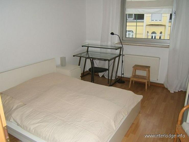 Bild 6: INTERLODGE Modern möblierte Nichtraucherwohnung mit zwei Schlafzimmern und Kamin in Essen...