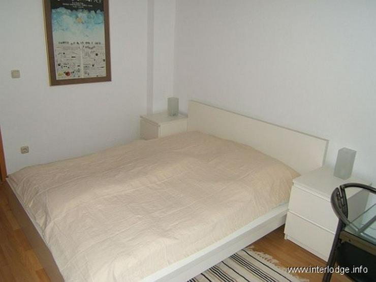 Bild 5: INTERLODGE Modern möblierte Nichtraucherwohnung mit zwei Schlafzimmern und Kamin in Essen...