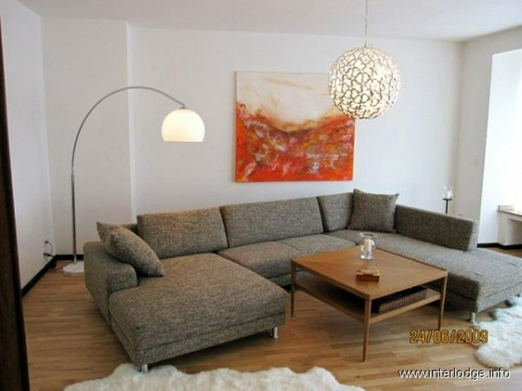 Bild 2: INTERLODGE Attraktiv möblierte Wohnung mit Lift, Balkon und 2 Schlafzimmern in Düsseldor...