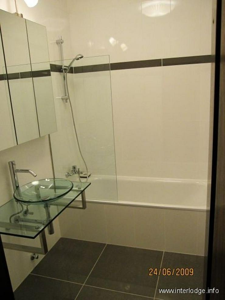 Bild 4: INTERLODGE Attraktiv möblierte Wohnung mit Lift, Balkon und 2 Schlafzimmern in Düsseldor...