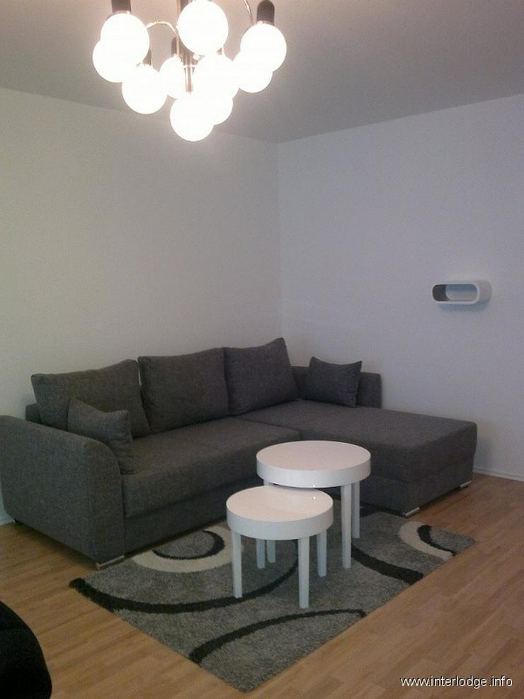 Bild 2: INTERLODGE Modern möblierte Etagenwohnung mit Balkon und Wäscheservice in Düsseldorf-Pe...