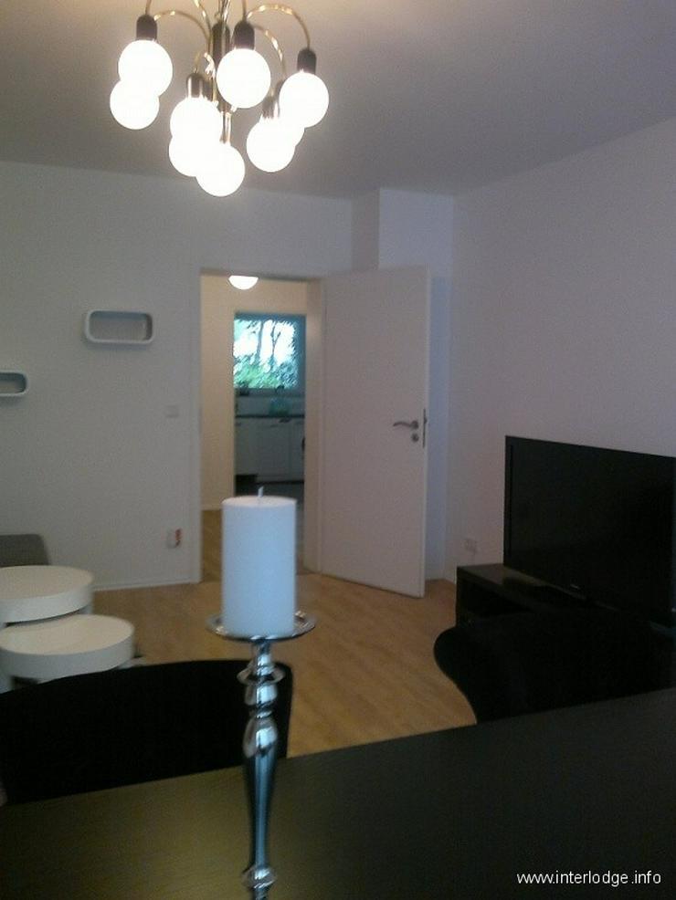 Bild 3: INTERLODGE Modern möblierte Etagenwohnung mit Balkon und Wäscheservice in Düsseldorf-Pe...