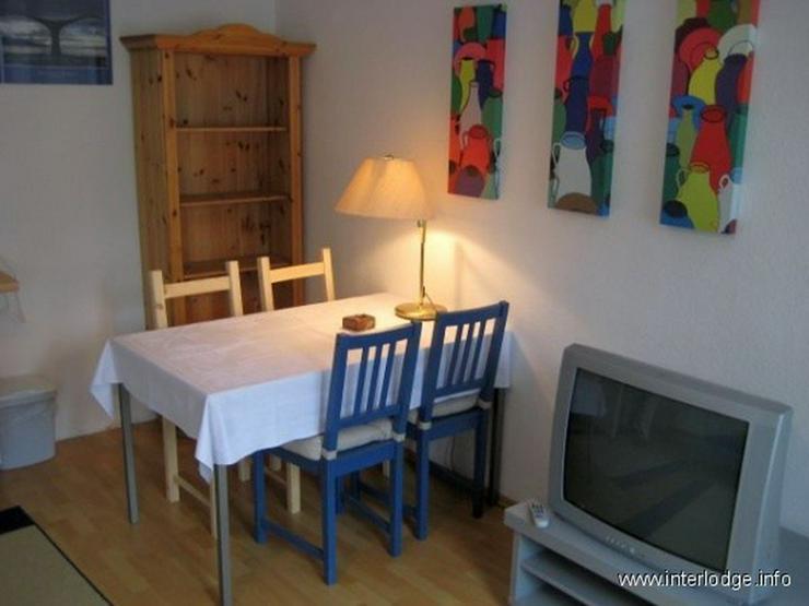 Bild 6: INTERLODGE Helles möbliertes Apartment mit zeitgemäßer Ausstattung und Lift in Düsseld...