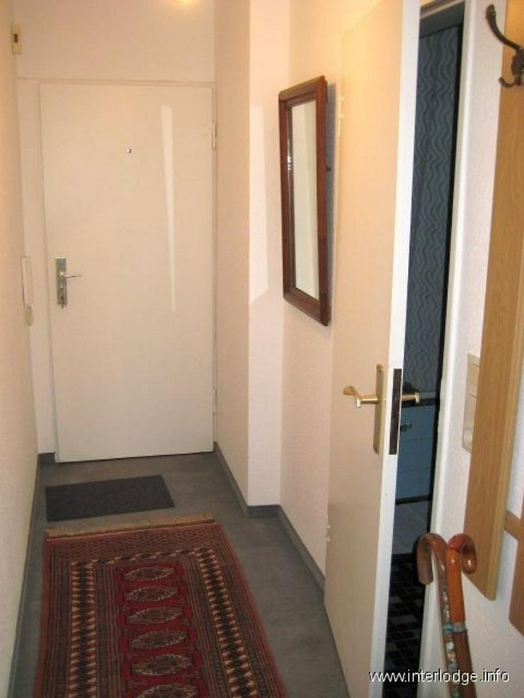 Bild 5: INTERLODGE Möbliertes Apartment mit großer Fensterfront und Personenaufzug in Düsseldor...